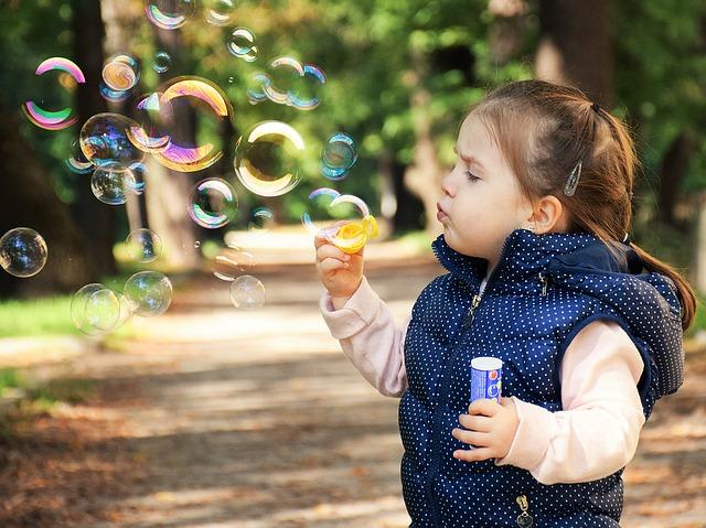 Diagnose autisme jonge kinderen moet en kan eerder